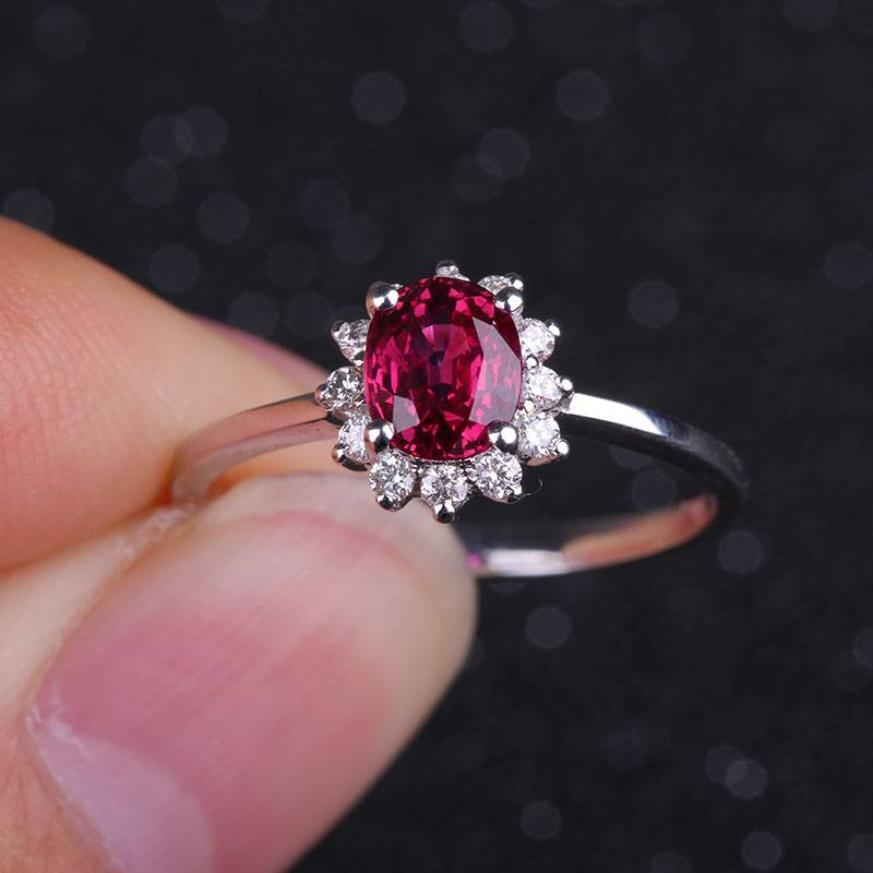 Engagement Rings 100% Natural Ruby 18K Gold Au750 Fashion Finger Decoration