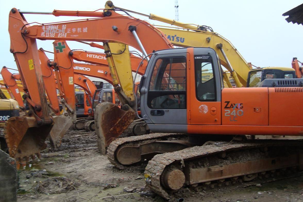 used excavator Hitachi ZX240-HHE