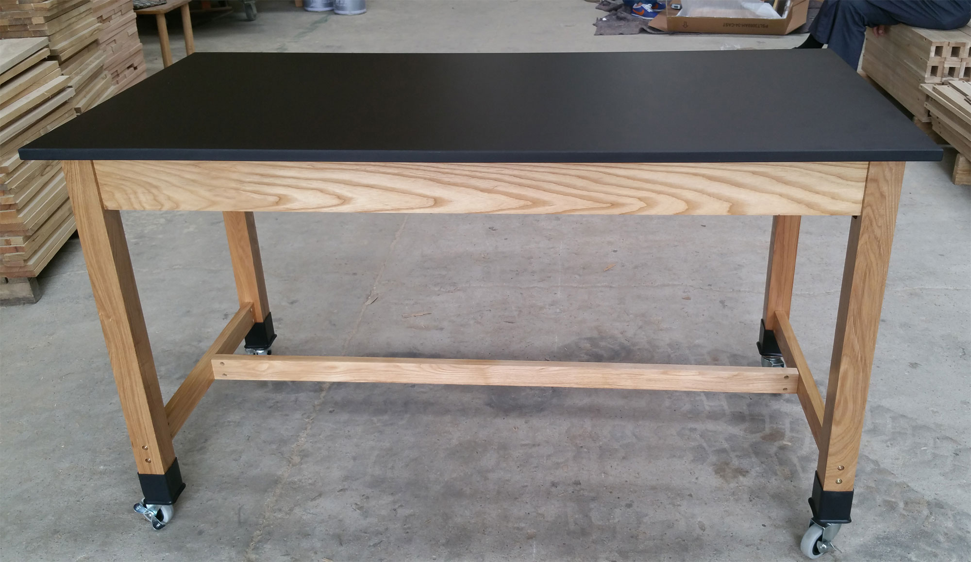 Phenolic Resin Top Science Lab Table: school lab furniture, moving lab table w/ 4 locking casters