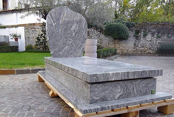 Italian new design headstone granite monument