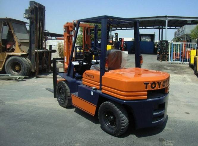 Used Toyota 5FD35 Forklift in lowest price
