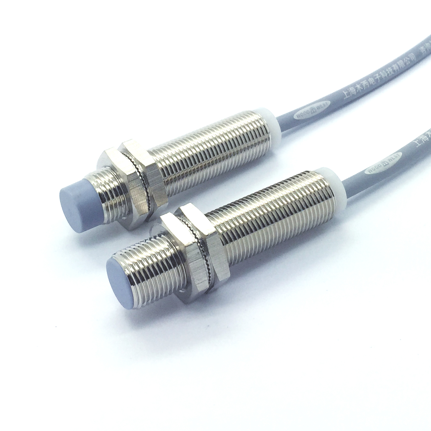 M12 inductance sensor, close to switch