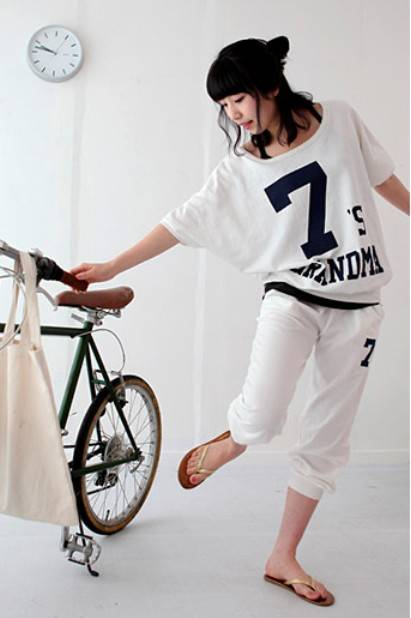Bat Sleeves Printed Ladys Sports Clothes