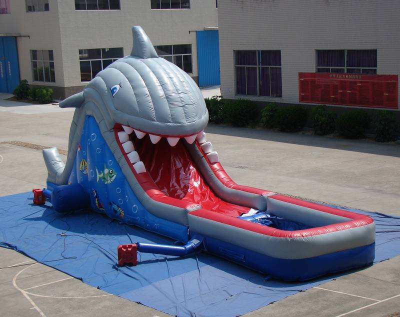 Lanqu shark inflatable water slide
