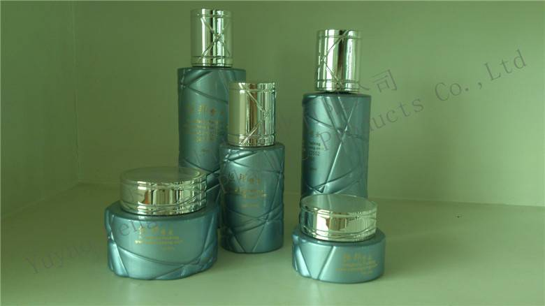 Glass cosmetic bottles/cream Jars