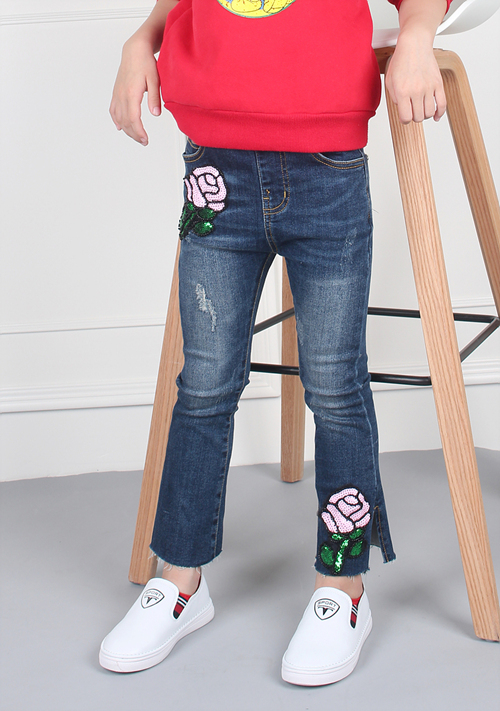 Girls jeans with embroidery factory from China