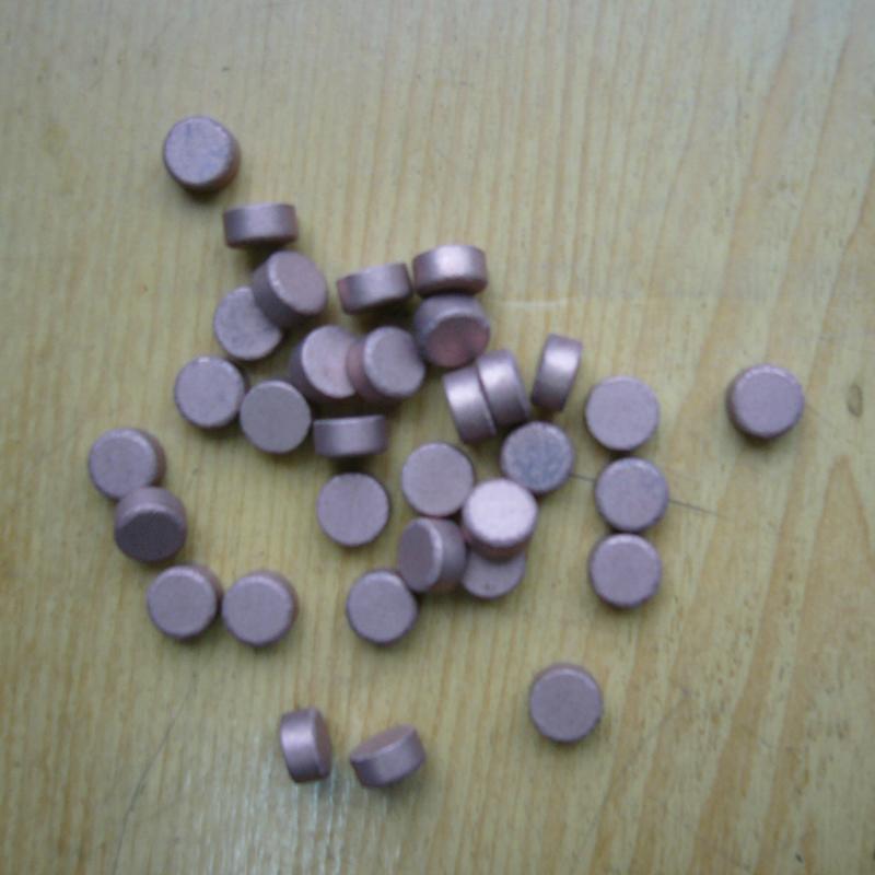 Diamond grinding pellet for optical glass
