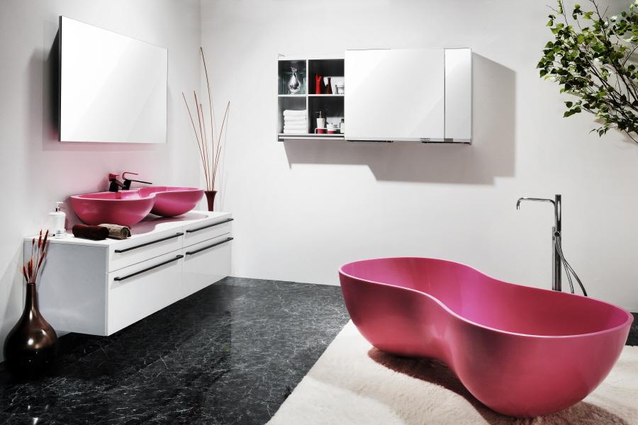 Kouple bathtub