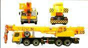 Sell: All kinds of truck cranes (From 8-160 Tones)