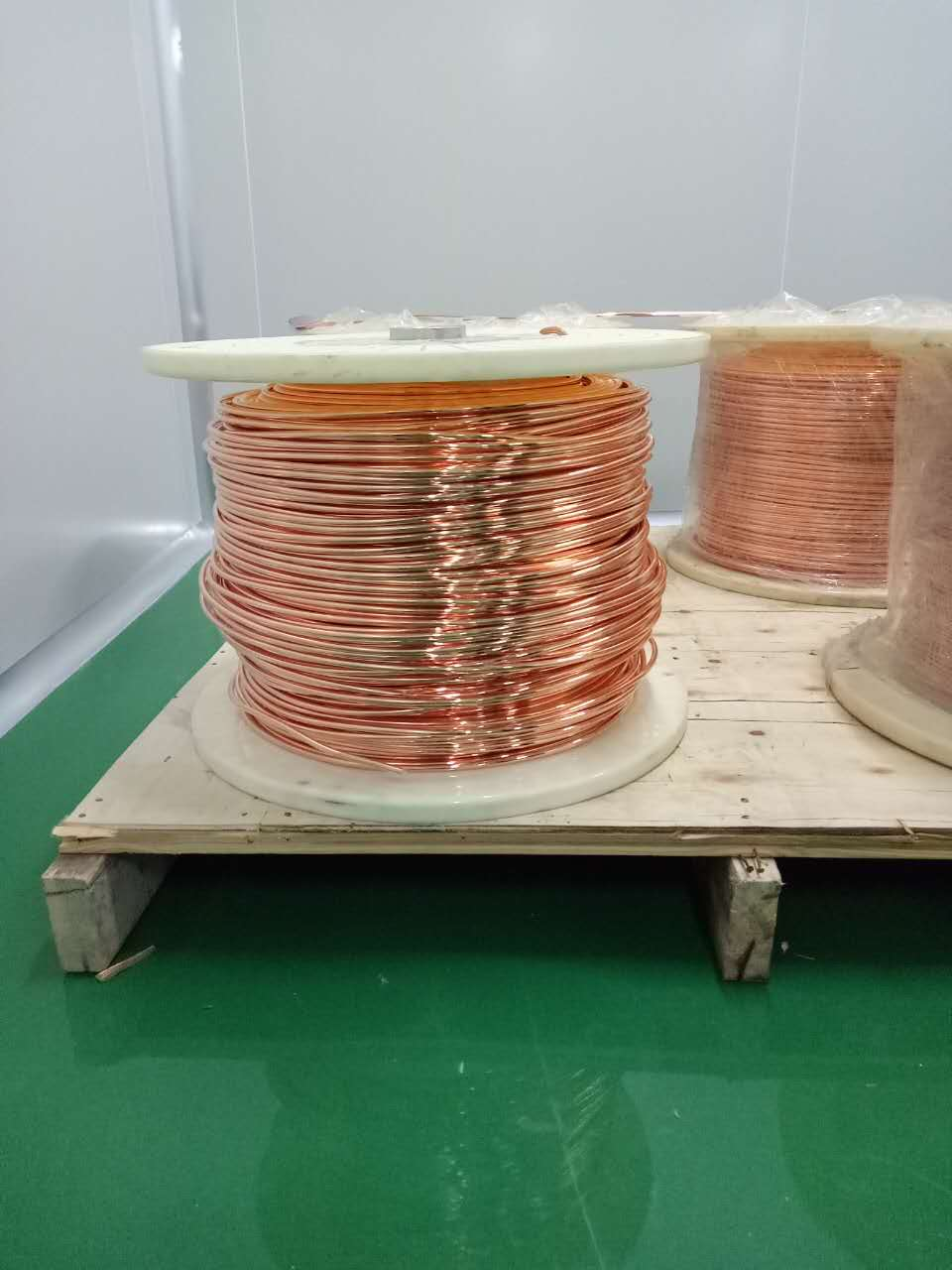 High purity copper rod with 5N5 and 6N5 purity made in China at the cheap price