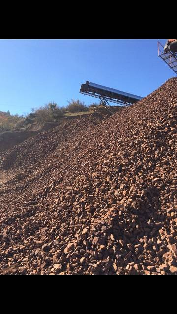 WE SELL BAUXITE ORE
