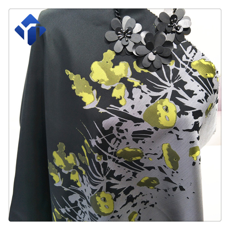 Low price yarn dyed jacquard polyester fabric for scarf and dresses