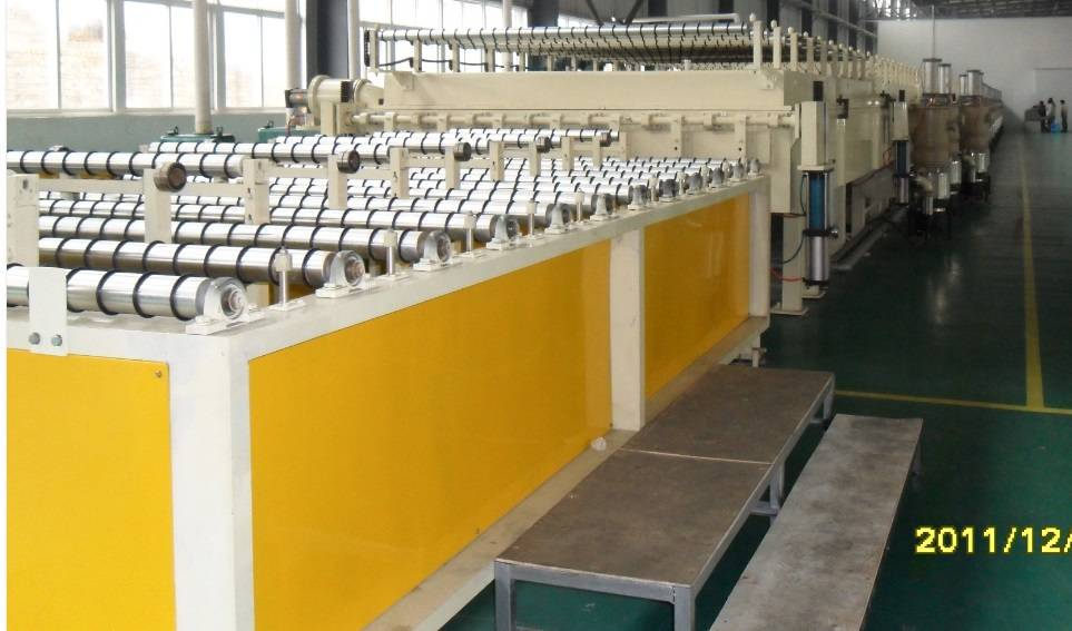 Production line for VIP/STP vacuum insulated panel