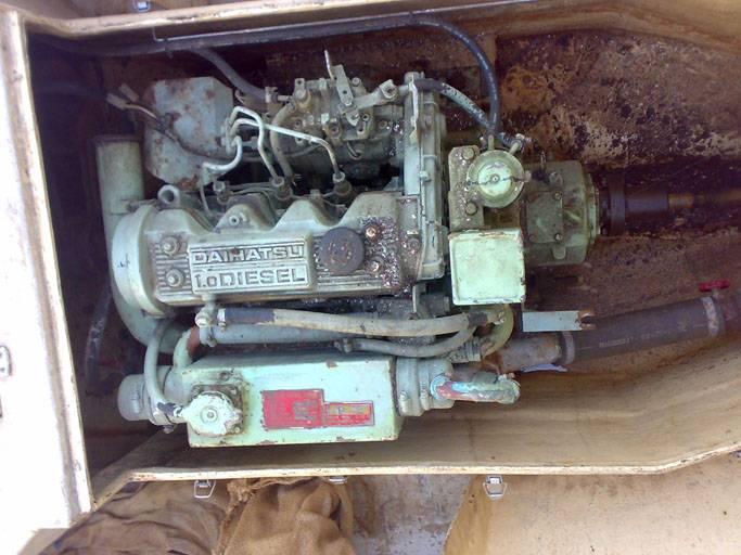 Daihatsu CLMD 30 Inboard engine