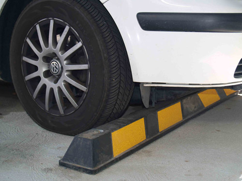 1650 Australia wheel stop tope de estacionamiento parking stopper