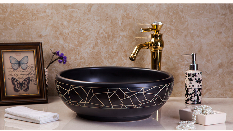 Fresh Elegant European Style Porcelain Bathroom Sink Handmade High-end Above Counter Top Washstand