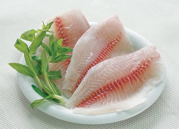 Pangasius fillet - light treated