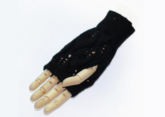 women's half-finger winter smart phone gloves