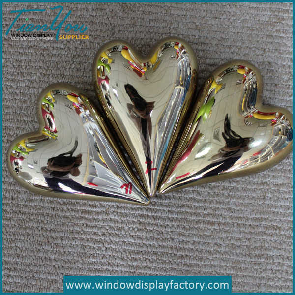Giant Decoration Hollow Metal Heart Display Props