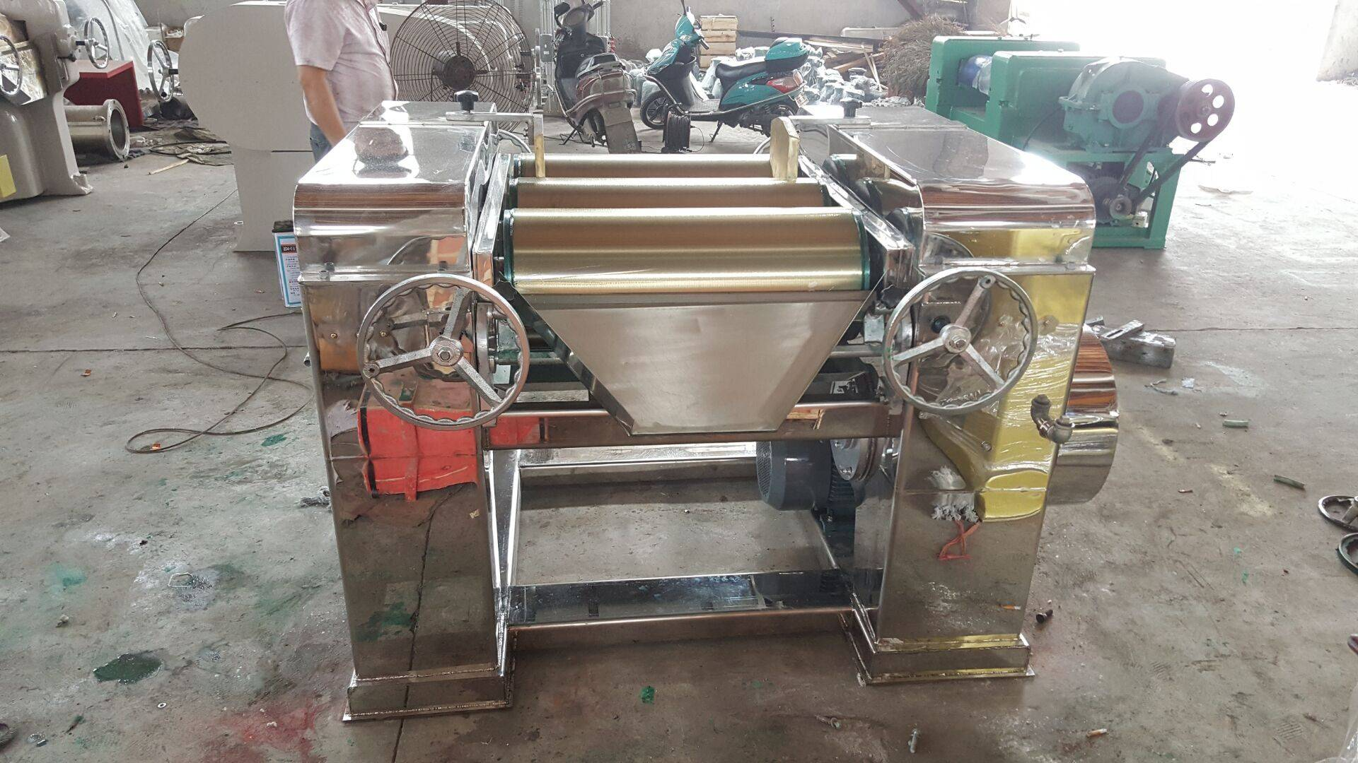 advanced three roll mill with stainless steel body