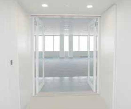Glass insulated door