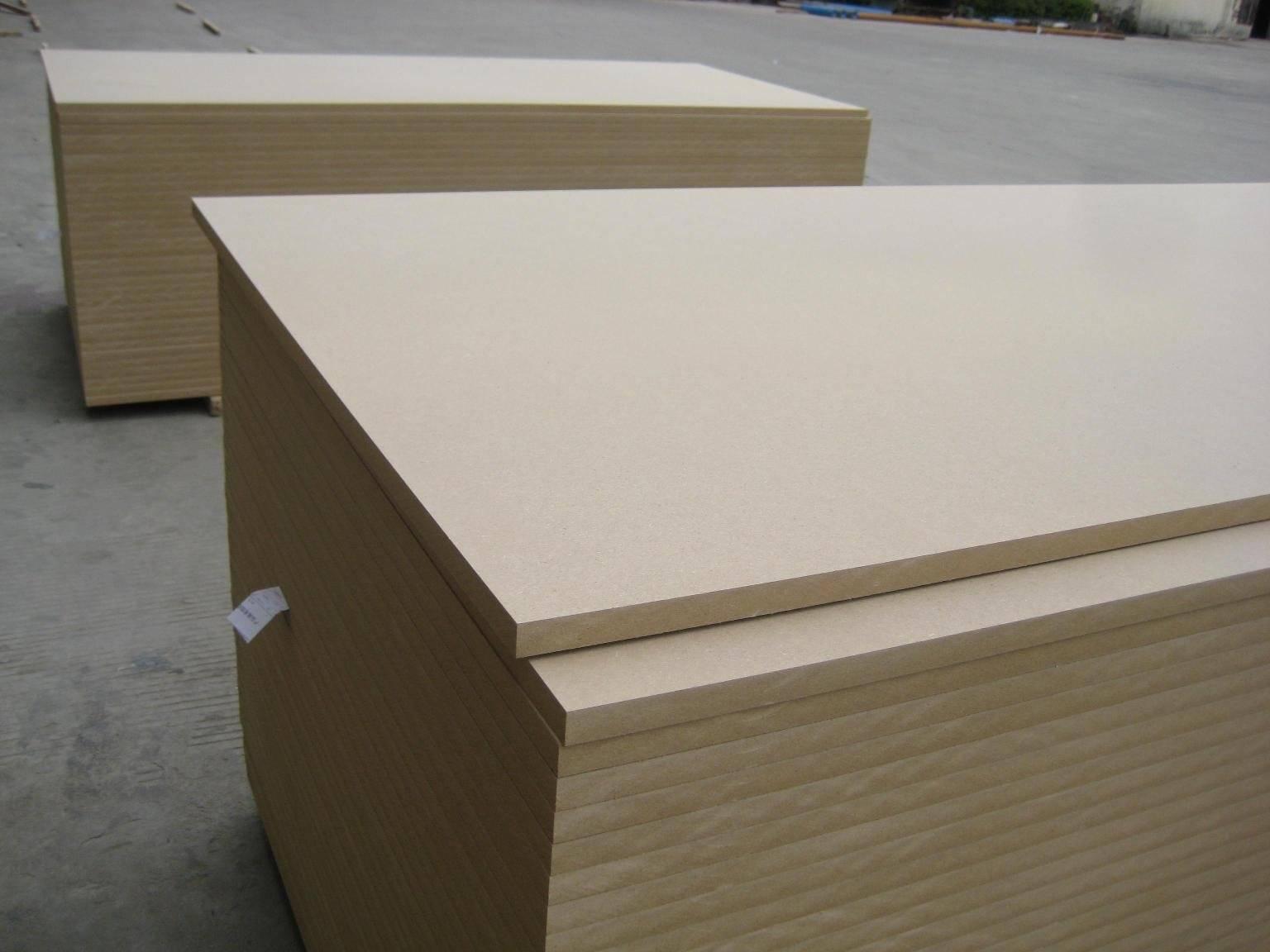 12202440mm size plain MDF raw mdf board Manufacturer
