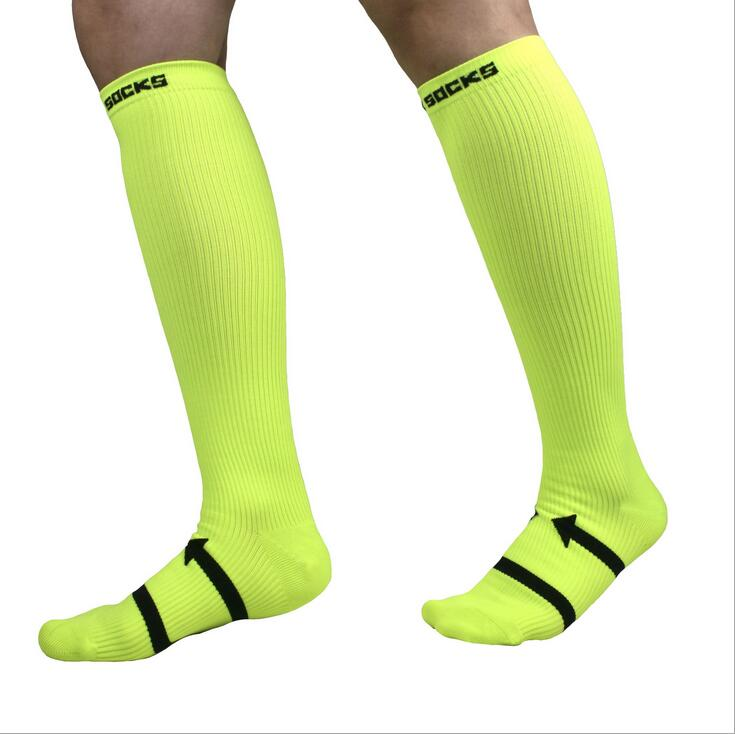China Manufacturer Pair Package FDA CE 15-20mmhg Soft Unisex Compression Socks