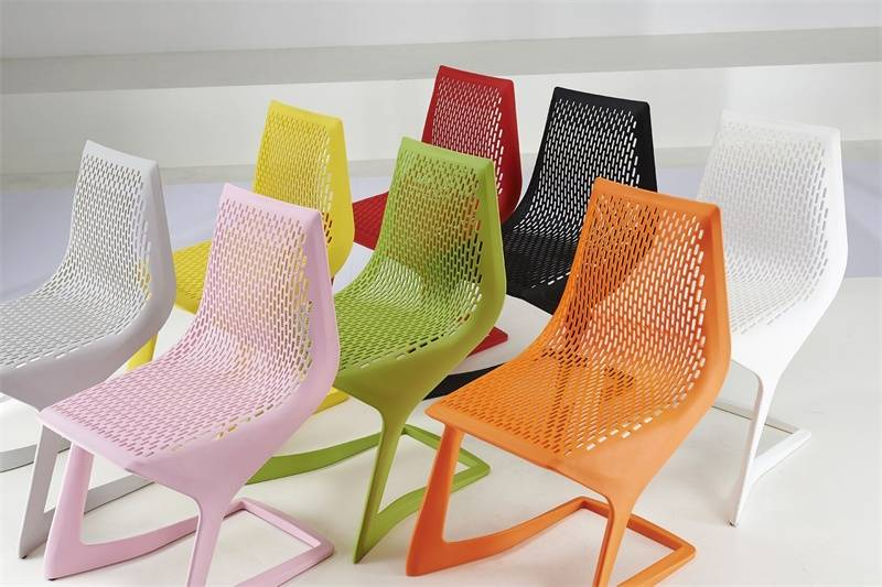 2016 New Style Italian Design Plastic Chair Price in Dining Chairs