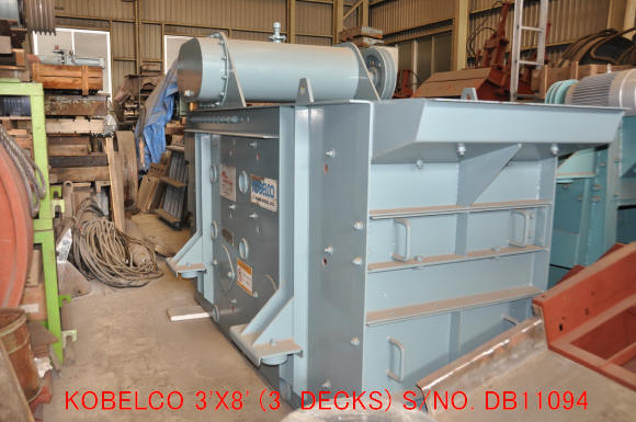 "USED ""KOBELCO"" 920MMX2440MM TDML (3' X 8') HORIZONTAL TYPE VIBRATING SCREEN (3 DECKS) S/NO. DB 11094"