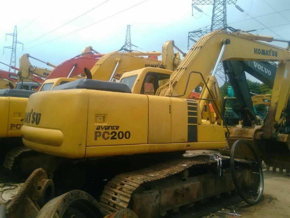 Used Japan Original Komatsu PC200-6 Crawler Excavator