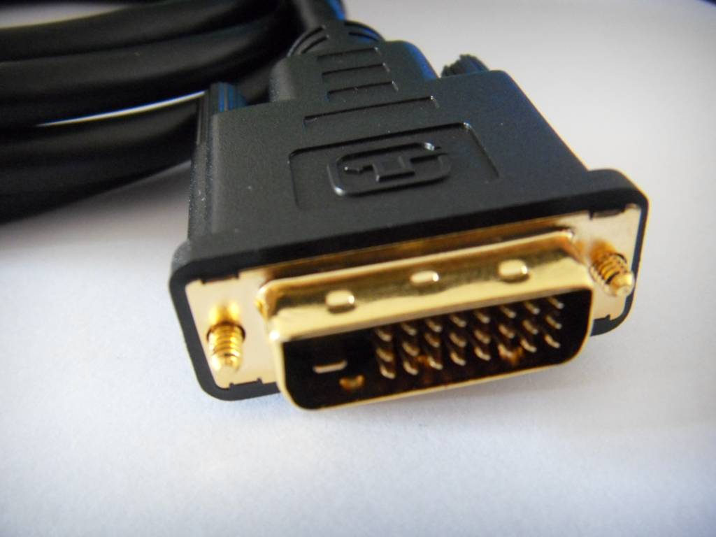 Hot  DP to DVI cables 3D