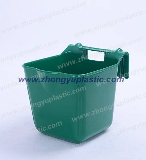 Animal hook over feeders, Plastic Feeding Bucket
