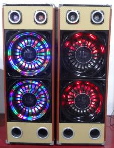 2.0 PARTY SPEAKER WITH DJ LIGHT