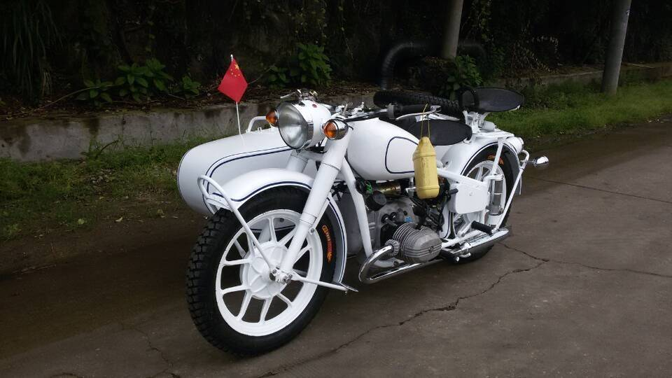 Classic Style Changjiang750 Motorcycle Sidecar with White color
