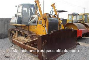 used  bulldozer D65E
