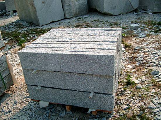 G603 pineapple stone fencing