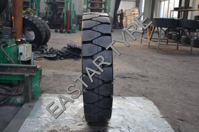 Forklift Tire, Forklift Solid Tyre (18X6-8)
