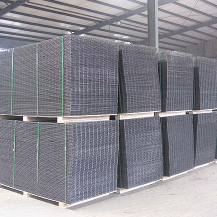 stainless steel or galvanized welded mesh panels