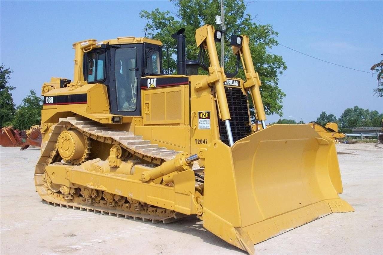 new unused CAT dozer D8R i130004 EIJH db40121