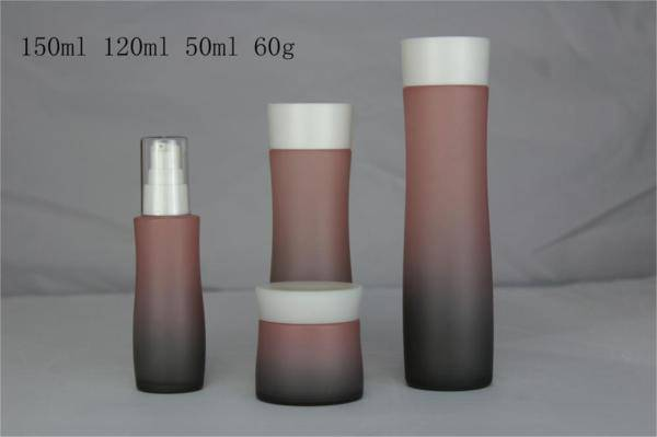 selling cosmetic glass bottles and jars for cosmetic packaing made in china