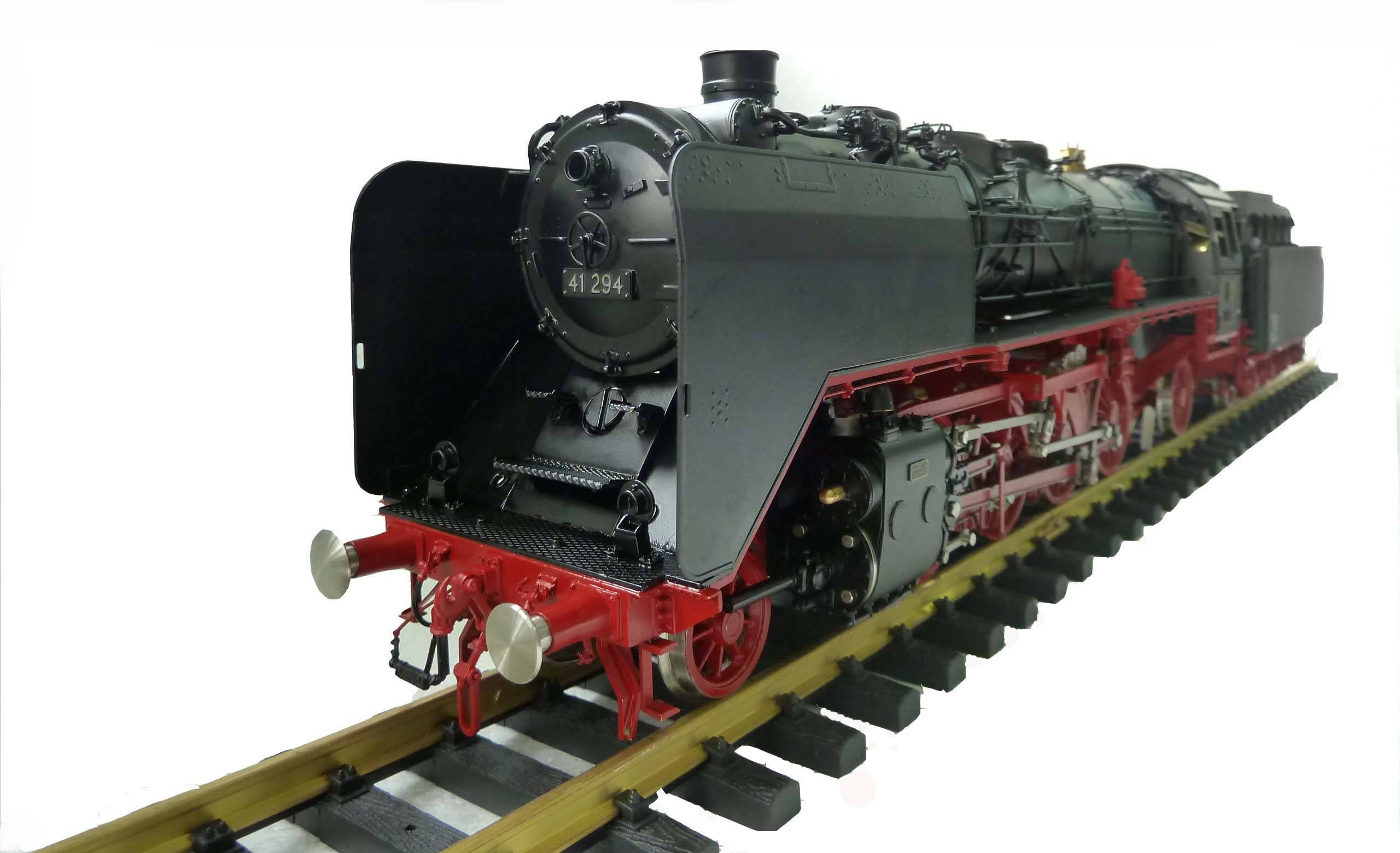 Gauge 1 Collectable Brass Made Live Steam Model - BR41