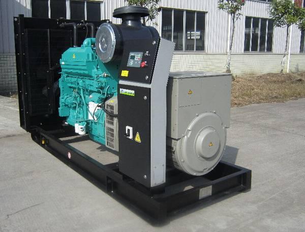 Power Diesel Generators with Cummins Diesel Engine Stamford Alternator 275kVA 220kW