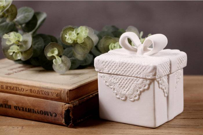 Butterfly knot ceramic jewelry box home practical jewelry storage box