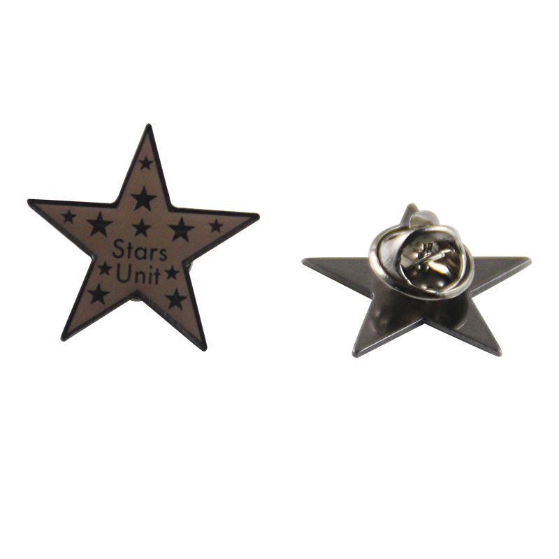 wholesale promotional fashionable metal white wars star antigas mask lapel pin