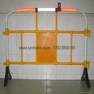Titan Barrier power Vantage Barrier Premier Secure Barrier Plastic Road Barrier Safety Barriers Exhi