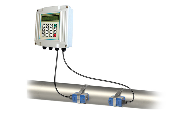 KUFS2000A Wall Mount Clamp On type Ultrasonic Flow Meter