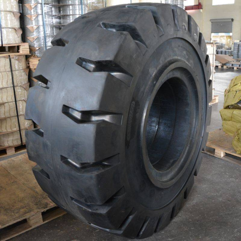 23.5-25 solid forklift tire for pneumatic rim in ports