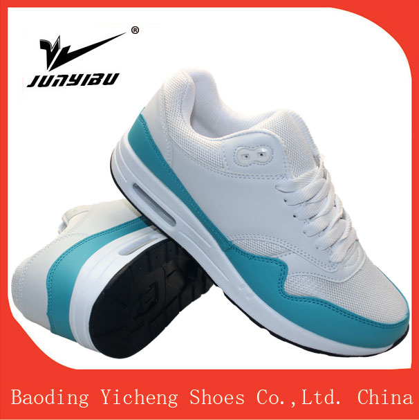 Wholesale sports shoes running made in china