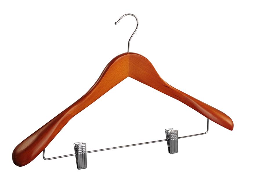 Deluxe wooden coat hanger with clips wide shoulder suit hanger with clips