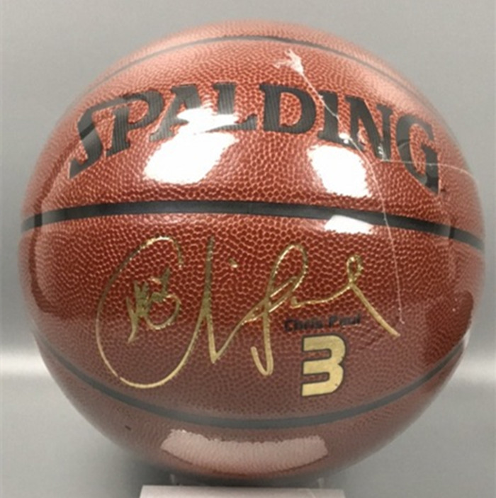 Brand New Spalding 74-642Y basketball